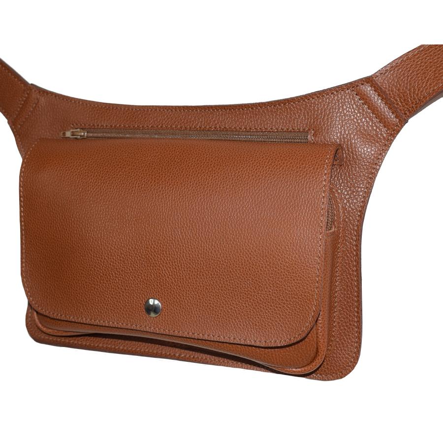 98acdaa6641 pochette ceinture en cuir grand modèle - Laura Descamps